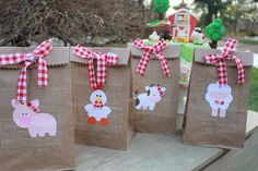 Farm birthday party games products 62 Ideas for 2019 Farm Animal Party, Farm Animal Birthday, Cowgirl Birthday, Farm Birthday, 2nd Birthday Parties, Birthday Party Decorations, Table Decorations, Birthday Kids, Birthday Bag