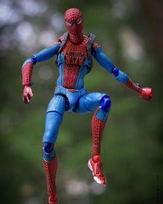 Psst hey you... Yeah you .. How you doin. #spiderman #fWEBruary #toypops #toypops2 #toycrewbuddies #ata_dreadnoughts #epictoyart #toptoyphotos #toyhumor #plasticcrack #toysoutdoors #toyoutsiders #marvel #toyphotography #photography #figma #TCB_OMGImsofat #rebeltoysclub #toygroup_alliance #wheretoysdwell #toylife #toyaddict #justanothertoygroup #toyboners by shakem78