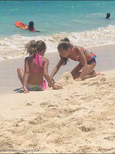 STAREE Melissa Ziegler-Gisoni: Sisters @mackenzieboo13 and @maddieziegler. Having fun at the beach