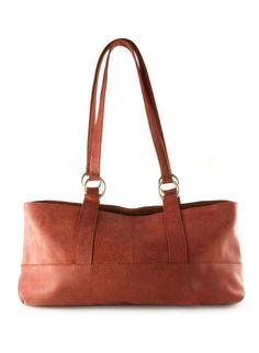 Lovely red bag!  http://www.wereldwinkel-webshop.nl/handtas-van-fairgreen-rood-p-16346.html