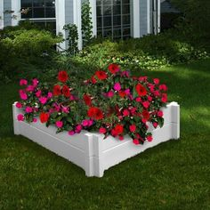Add a flowery splash of color anywhere! The perfectly proportioned and attractively designed Huntington Raised Garden Bed is maintenance free, crafted with a premium food-grade, BPA free polymer and e #raisedgarden