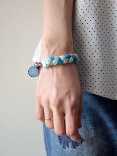 Pulsera de trapillo-La factoría de Nono Bracelets, Jewelry, Fashion, Trapillo, Bangle Bracelets, Bangles, Jewlery, Moda, Jewels