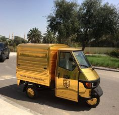 Meet Fernando the Gold Piaggio. Designed and built by the team at Coffee Latino www.coffeelatino.co.uk Gold Box Roastery are delighted to become official Middle East distributors #followfernando #goldbox #goldboxdubai #coffeetruck #foodtruckuae