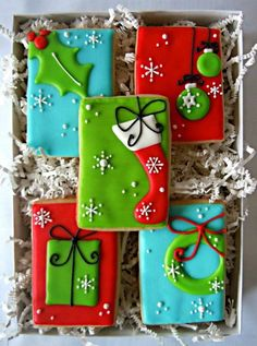 Tour of Christmas cookies, decorating ideas, tutorials, and recipes! Yes! Gift Wrapping, Icing, Wraps, Gifts, Butcher Paper, Presents, Coats, Gift Wrap, Wrapping Gifts