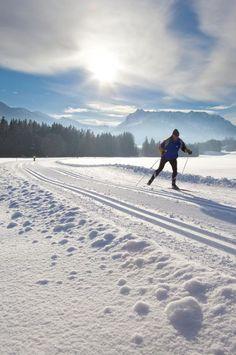Langlaufen auf den schönsten Langlaufloipen Tirols Seen, Mountains, Sport, Nature, Travel, Outdoor, Long Distance, Ski Trips, Winter Vacations