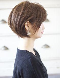 トップふんわり小顔のこだわりショートヘア(YJ-134)   ヘアカタログ・髪型・ヘアスタイル AFLOAT(アフロート)表参道・銀座・名古屋の美容室・美容院