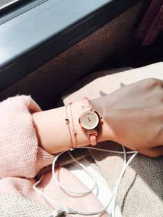 Stylish Watches For Girls, Trendy Watches, Hand Photography, Girl Photography Poses, Korean Accessories, Fashion Accessories, Cool Girl Pictures, Girl Photos, Beautiful Pictures