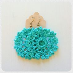 Crochet earrings Cotton Candy Lace. €15,00, via Etsy.