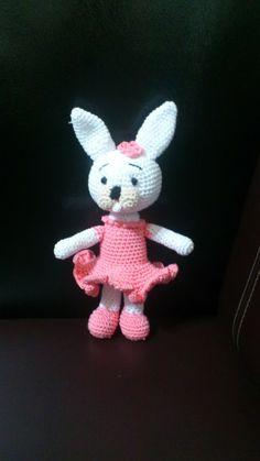 Pig Rabbit Amigurumi Patron : CONEJOS (amigurumis) on Pinterest Amigurumi, Bunnies and ...