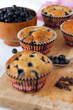 Mafini sa borovnicama i čokoladom Apple Recipes, Wine Recipes, Sweet Recipes, Baking Recipes, Cookie Recipes, Dessert Recipes, Desserts, Dessert Ideas, Kiflice Recipe