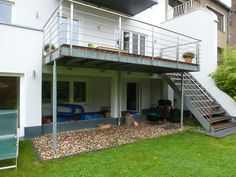 Balcony conversion / extension Hastenrath GmbH Renovation of A Z Metal Deck, Balcony Railing Design, Hot Tub Backyard, Deck Stairs, Apartment Balconies, Backyard Landscaping, My House, Construction, Architecture