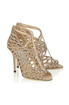 Wicked 24 Elegant Wedding Shoes Ideas for Make Beauty Women http://www.weddingtopia.co/2017/09/20/24-elegant-wedding-shoes-ideas-make-beauty-women/ When designer shoes are involved, it may be hard to budget the money for those shoes. Shoes such as these are occasionally regarded as a Balmoral Oxford, particularly if it has a toe cap. If you prefer designer wedding shoes, silver is a great option.