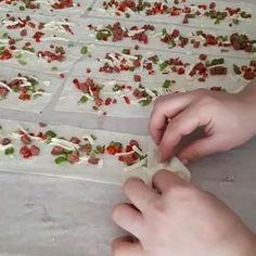 """2,019 Beğenme, 92 Yorum - Instagram'da Sevim Bekgöz (@mutfagiseviyorum): """"Hayırlı geceler nefis çok pratik ve lezzetli çıtır çıtır bir börek tarifi istemiyiz yapıp…"""" Pastry Recipes, Baking Recipes, Healthy Recipes, Bite Size Food, Turkish Delight, Turkish Recipes, Canapes, Creative Food, Beautiful Cakes"""