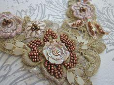 Mother of pearl necklace | Angela Campos (Tuca) | Flickr