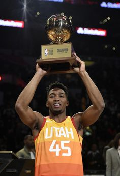 93e9a8a51 Donovan Mitchell wins NBA Slam Dunk Contest with assist from Kevin Hart   JazzBasketball Basketball News