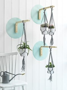 This complete list of the best DIY IKEA hacks for every room in your house will help you decorate on a budget! Try these amazing IKEA hacks for your apartment or home to save money and still have beautiful home decor! Ikea Outdoor, Ikea Patio, Outdoor Dining, Macrame Hanging Planter, Hanging Planters, Diy Hanging, Ikea Hacks, Diy Hacks, Frosta Ikea