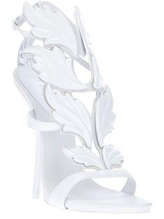 Giuseppe Zanotti Design - Sandália branca. 6