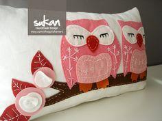 Sukan / Pink Owls Pillow