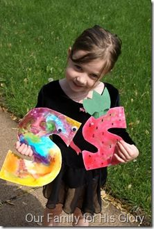*Sticky Syrup paint (use clear corn syrup with food coloring mixed in… allow to dry FLAT for a week… it is VERY sticky, but so pretty!!)… Make Snake & Strawberry!  *Supplies- clear corn syrup with food coloring (or paint) mixed in, paint brushes, extra paper for tongue of snake & top of strawberry, black paint for strawberry seeds, google eyes