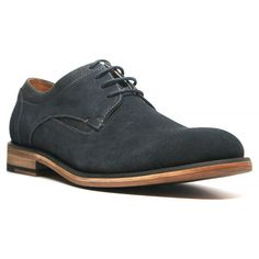 These plain-toe oxford shoes are made of sueded leather with cotton-waxed laces. Built atop a low stacked heel, these shoes also include Ortholite comfort sock foam lining for superior walking comfort