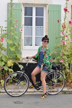 frida11http://www.helloitsvalentine.fr/0822837/kimono/ - île de Ré bicycle & Kimono
