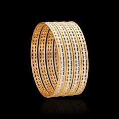 These pacheli gold bangles collection will take you to the vintage world. Get that traditional look & flaunt these ethnic bangles from Zar Jewels for any occasion. Gold Bangle Bracelet, Diamond Bangle, Bangle Set, Emerald Bracelet, Gold Bracelets, Gold Bangles For Women, Gold Bangles Design, Jewelry Design, Gold Rings Jewelry