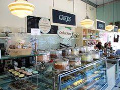 表参道で6時間待ち!NYカップケーキ超有名店マグノリアベーカリーに大行列 - NAVER まとめ
