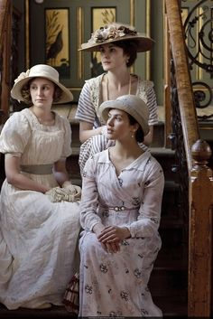 elegant ladies - The Crawley sisters. DOWNTON ABBY (2011-2013) Edwardian Era