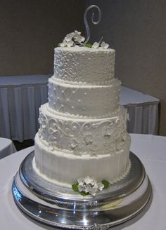 White On Detail This Wedding Cake Is Beautiful The Subtle Piped Texture Each Tier Adds Dimension By Stephanie Dillon Hy Vee