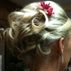 Bridesmaid updo - done by my hairstylist.  She's awesome!  If I still had long hair...