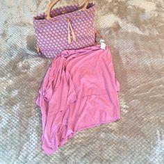 Agaci Pink Asymmetrical Skirt Cute pink asymmetrical skirt by Agaci  Material: 95% Polyester 5% Spandex. Very comfy and soft! (Bag not included) a'gaci Skirts Asymmetrical