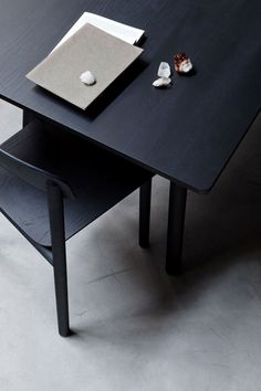 Designline Wohnen - Produkte: Profile Table / Chair | designlines.de
