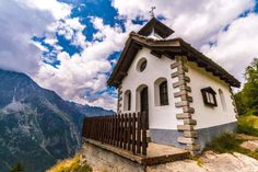 Mountains, Nature, Travel, Pink, Cottage House, Pictures, Naturaleza, Trips, Viajes