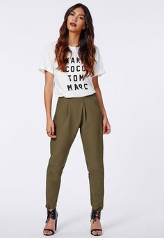 Trousers for Women Trouser Pants, Trousers Women, Spring Summer Fashion, Spring Outfits, Tapered Trousers, Wardrobe Basics, Vintage Fashion, Vintage Style, Missguided
