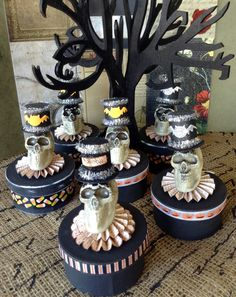 Halloween theme trinket gift candy spooky round boxes with skull and top hats set of six by lamoneeboutique on Etsy
