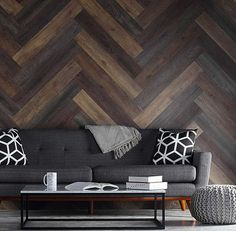 Pallet Wood Wall Planks Hintergrund – Diy Home Decor Wood Diy Pallet Wall, Pallet Walls, Wooden Walls, Pallet Furniture, Pallet Wall Bedroom, Pallet Stairs, Wood Stairs, Pallet Tv, Rustic Furniture