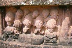 en Nuku Hiva, Islas Marquesas; a estas estatuas las denominan Tikis   Leer más: http://el-libertario.webnode.es/nuestros-antiguos-instructores/