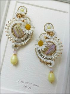 Huge and yellow soutache long earrings Soutache Pendant, Soutache Earrings, Crochet Earrings, Bead Jewellery, Diy Jewelry, Jewelery, Handmade Jewelry, Shibori, Soutache Tutorial