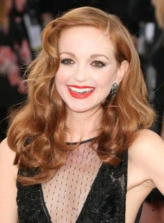 Jayma Mays wavy, red hairstyle