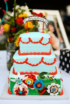 We put the call for MORE MORE MORE of your creative wedding cakes and boy did you guys bring it. Here is our newest collection of wedding cakes that don't look like wedding cakes...
