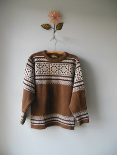 Nordstrikk vintage sweater / snowflake ski sweater / mens sweater
