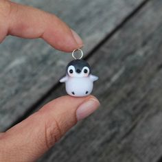 Baby Penguin Charm Necklace by TheLittleMew on EtsyYou can find Polymer clay and more on our website.Baby Penguin Charm Necklace by TheLittleMew on Etsy Diy Fimo, Crea Fimo, Polymer Clay Kawaii, Fimo Clay, Polymer Clay Charms, Polymer Clay Projects, Polymer Clay Art, Clay Crafts, Polymer Clay Jewelry