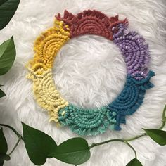 Macrame Mirror, Macrame Art, Macrame Projects, Macrame Knots, Macrame Plant Holder, Plant Holders, Mandala, Macrame Design, Rainbow Wall