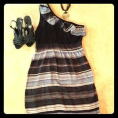 Dresses & Skirts - One Shoulder Boutique Dress only worn Twice!