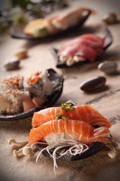 www.sushikoning.nl Onze sushiqueens presenteren sushi op uw feest