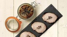 Rôti de porc en conserve