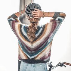 Oh Deer Socks! / DROPS 122-17 - Gratis strikkeoppskrifter fra DROPS Design Knitting Patterns Free, Free Knitting, Crochet Patterns, Drops Design, Crochet Baby, Free Crochet, Drops Baby, Magazine Drops, Celtic