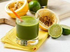 Suco verde com maracujá