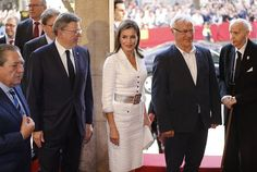 Newmyroyals: Queen Letizia attends Rey Jaime Award ceremony in Valencia, October 30, 2017; King Felipe did not attend due to the crisis in Catalonia