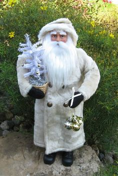 SANTA CLAUS Figurine*Tinsel Christmas Tree*Bells*Primitive/French Country Decor  #NaivePrimitive